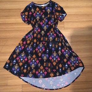 L Black LuLaRoe Carly Dress With Colorful Pattern
